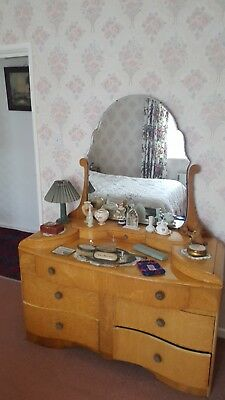 Very good condition antique 1950's his and hers bedroom set in Birds Eye Maple.