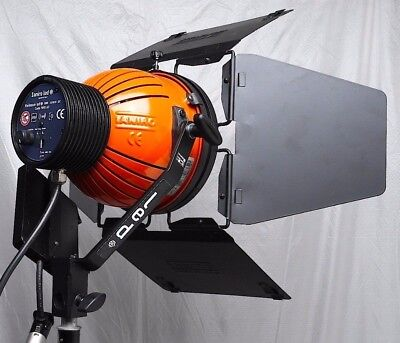 Ianiro Varibeam 5600k 30w LED w/ Anton Bauer Mount-use w/ arri litepanels HMI #1