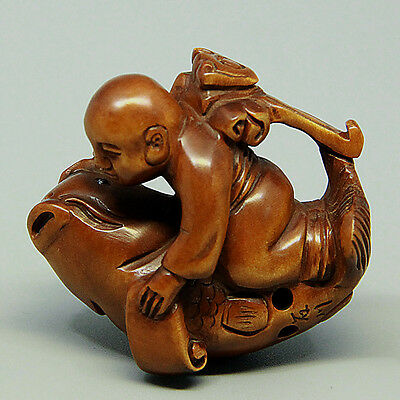 "1940's Japanese handmade Boxwood Netsuke ""Kid/monk and fish"" Figurine Carving"