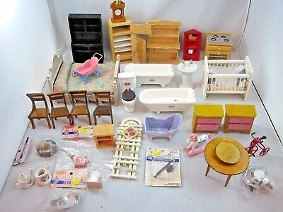 Doll House Miniatures Lot Wooden Miniature Furniture Accessories Bathroom Bed 1