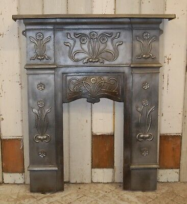 A PRETTY ANTIQUE ORIGINAL ART NOUVEAU CAST IRON BEDROOM FIRE SURROUND ref 1161