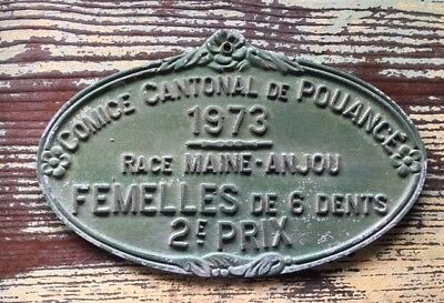 VINTAGE FRENCH CAST IRON Green AWARD PLAQUE 2nd Prize Female Maine Anjou Cows