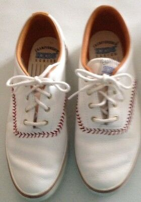 Championship KEDS Series. Womens Pennant Oxford White Size 9 1/2 M