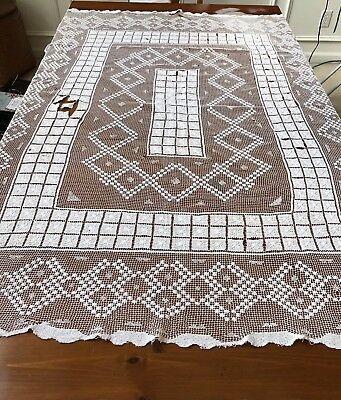 ANTIQUE TABLECLOTH WHITE FILET LACE HANDMADE FOR REPAIR REPURPOSE CUTTER 49x 66