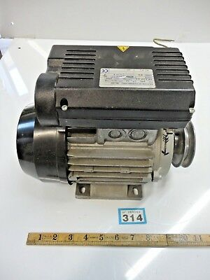 ELECTRIC MOTOR 240v SINGLE PHASE 3HP  2750 rpm