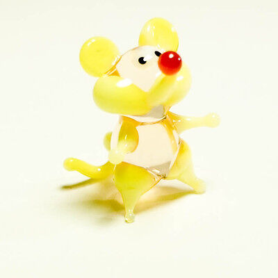 Tiny miniature glass yellow Mouse. Blown glass Murano handcraft figurine. VIDEO