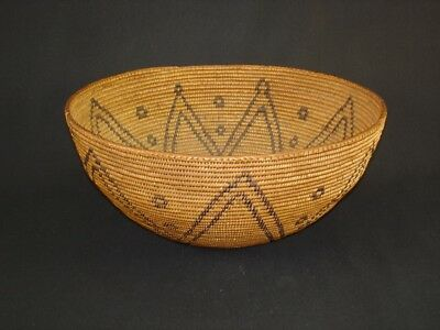 Nice, Early and Large Washoe basket, Native American Indian, c1920