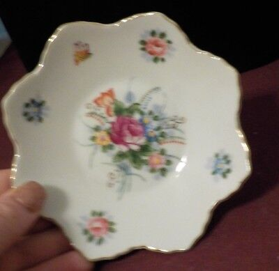 Antique Decrative Saucer/small Plate Floral Design And Shape Made In Japan
