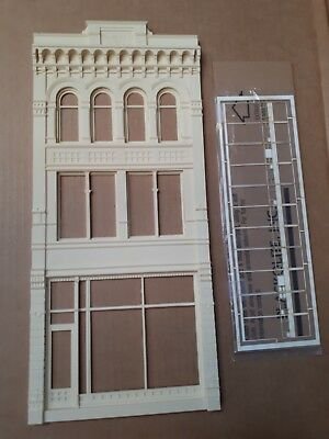 Chooch Ultra Scale Reith Building Front O, On3, On30, #622