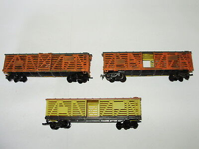 Lifelike Stock wagons x 3. Painted/weathered. HO Scale. Incomplete.Made in China