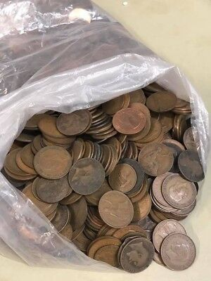 950G Mixed British Copper And Bronze Coins. Pennies, Half Pennies And Half Pence