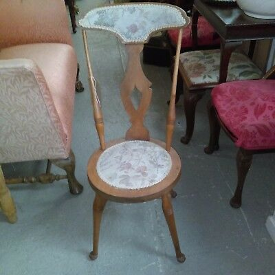 Antique pretty Arts and crafts possibly Welsh side or hall chair
