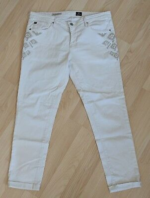 AG Jeans The Stilt Cigarette roll up size 31 R white and beige striped
