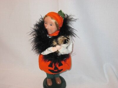 Byers Choice 2007 Halloween Pumpkin Girl with Boa and Cat New