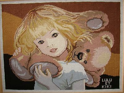 CANEVAS TAPISSERIE BRODE main fini PETITE FILLE ET SON OURS