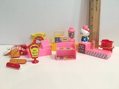 Vintage TOHO  Hello Kitty Bakery Candy House Replacements Figure & Accessories