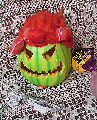 HalloScream LightUp Pumpkin TRENDMASTERS 1999 NOS Carved Face Red Hair wCurlers