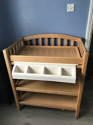 Baby Changing Table with bath Mamas And Papas