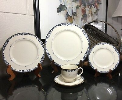 Lenox Liberty 5 piece Traditional Place Setting Gold Trim USA - 5 Available