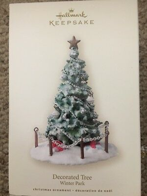 Hallmark Ornament Decorated Tree ( winter park )