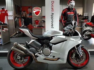 Ducati 959 Panigale Akrapovic Exhaust, Sport Pack, Only 897 Miles