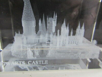 Harry Potter Glass Paperweight  Hogwarts Castle New And Boxed