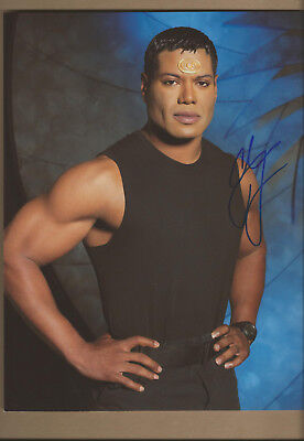 Christopher Judge (Stargate) Autogramm autograph signed original 20x27 Foto