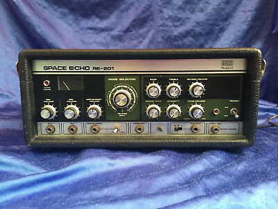 70s 70er vintage Roland Space Echo RE-201 - Made in Japan tape delay Bandecho