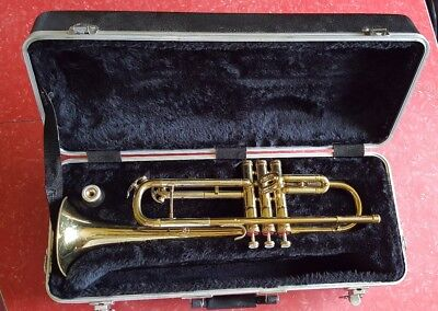 1977 Conn Trumpet Ga621612 With Vincent Bach 7C Mouthpiece And Gator Case