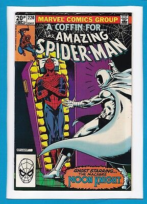 """Amazing Spider-Man #220_September 1981_Very Fine_""""the Macabre Moon Knight""""_Uk!"""