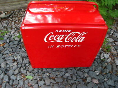 Nice Clean Vintage 1950's Cavalier Co. Coca-Cola Ice Chest/Cooler Raised Letters