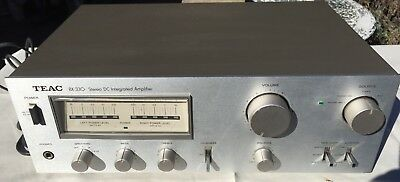 VINTAGE TEAC DC STEREO INTEGRATED AMPLIFIER with POWER METERS #BX-330