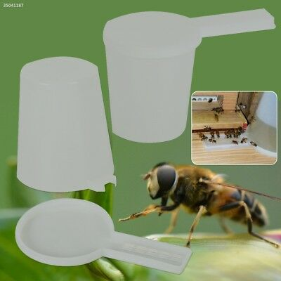 Plastic Beekeeping Entrance Feeder Bee Water Drinker Bowl Tool Equipment 5E5E