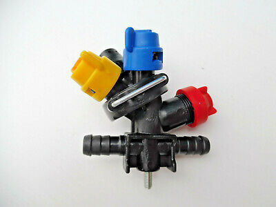 3 x Crop Sprayer Quadruple Nozzles For Tractor Mounted Sprayer : CENTRE Units