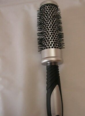 Brosse A Cheveux Grand Modele Ronde Brushing