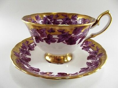 Stunning Royal Chelsea Cup & Saucer Pattern Number 487A Ref 700/7