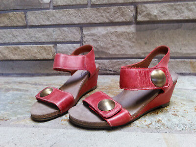 0015e08b0 TAOS FOOTWEAR CAROUSEL 2 Wedge Sandals Taupe Embossed Leather Shoes ...