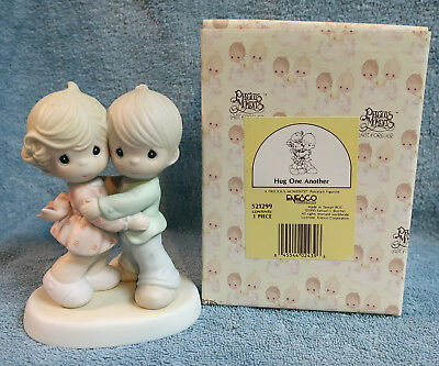 Precious Moments Figurine Hug One Another 1990 #521299 MIB - Butterfly