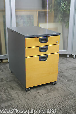 Kinnarps E Series Pedestal Drawer Unit | Lockable Mobile Unit Under Desk Storage