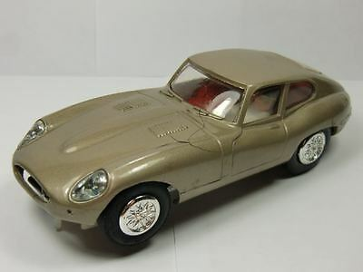 Stabo Car Jaguar E-Type 4,2L gold metallic Nr.40118 (F2455)