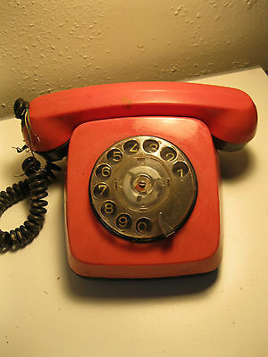 Vintage USSR Soviet Union CCCP telephone rotary dial red 1983 ta-600  untested