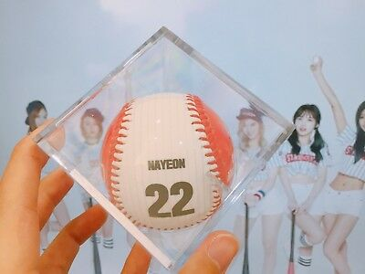 Twice Strike zone Ball Official Goods Autographed(Printed Sign) Ball 4 Members