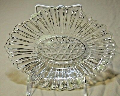 Vintage Anchor Hocking clear glass Pickle Dish ~ Loop & Diamonds pattern #5061