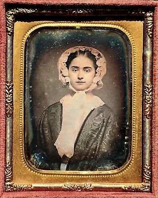 A Lovely 1/9 Plate Daguerreotype - Young Lady Framed By A Bonnet - In Full Case
