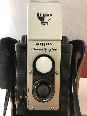 ANTIQUE ARGUS ARGOFLEX 75 BOX CAMERA FOR 620 MEDIUM FORMAT FILM JL 012518jE