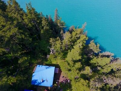 Perfect Alaskan Fishing and Hunting Escape