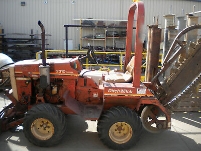 2310 DITCH WITCH 4X4 Diesel TRENCHER with 6 way blade & Boring motor