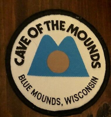 Rare Cave of the Mounds Blue Mounds Wisconsin Hipster Jacket Travel Patch 045