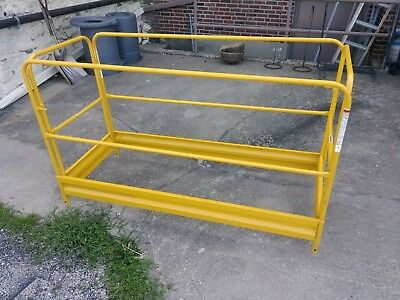 Werner Safety Guard Rail for 6ft Rolling Scaffold