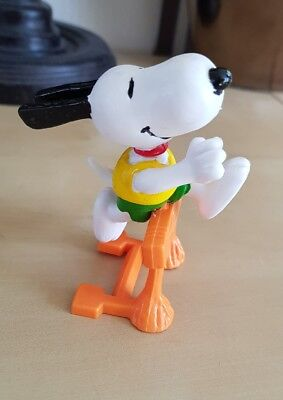 SNOOPY HURDLES OLYMPIC PEANUTS VINTAGE by SCHLEICH SMURFS CHARLIE BROWN no112